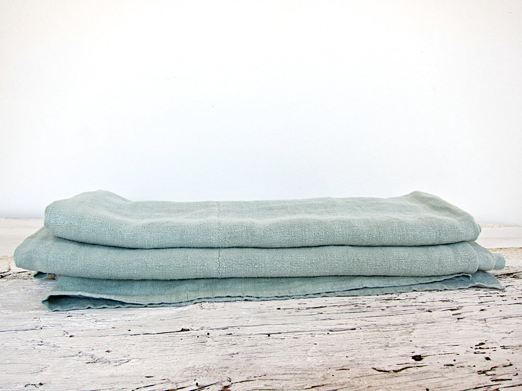 espanyolet | linen | handmade | one-of-a-kind antique Mallorquín linen | hand painted in Mallorca, Spain | vintage | texture | color