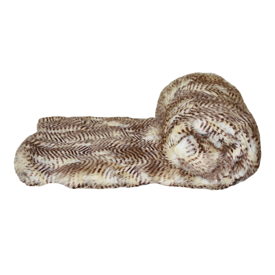 Fur Throw 'Saber Milk n' Honey' - MONTAGUE & CAPULET-