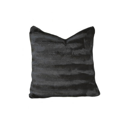 Fur Pillow 'Luxe Mink Black' - MONTAGUE & CAPULET- - 1