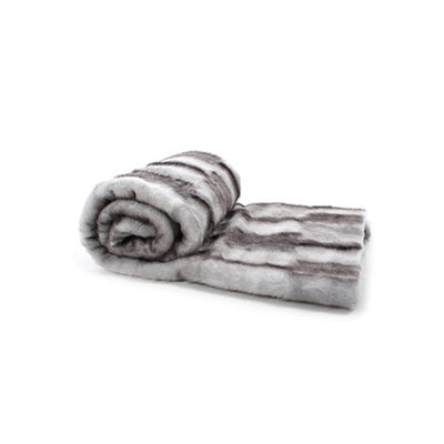 Fur Throw 'Luxe Mink Silver' - MONTAGUE & CAPULET  - 3