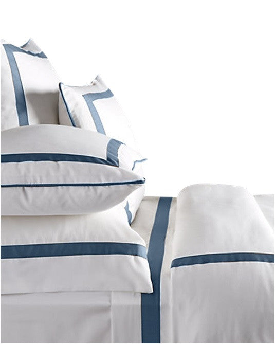 Duvet Cal KG/Eastern KG 'Live to Tell' - MONTAGUE & CAPULET-Cal King / White / Onyx - 1