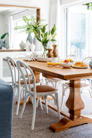 Choosing A Hamptons Style Dining Table Henry Oliver Co