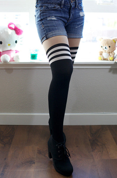 Asian fashion tights with stripes on knees