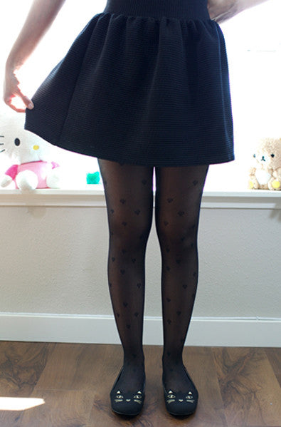 Black heart tights with lines