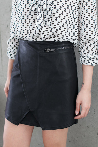 vegan leather skirt with zipper