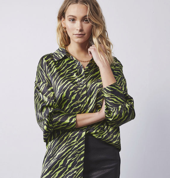 ENA PELLY CUFFED SILK SHIRT IN ANIMAL GREEN