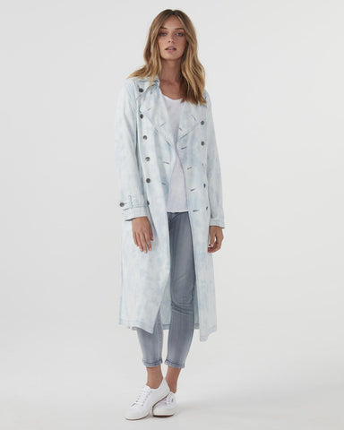 JAC + MOOKI BLEACHED TRENCH IN CHAMBRAY