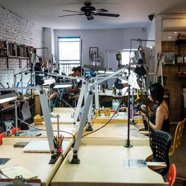BENCH RENTAL - WORKSHOP - <meta char - Fitzgerald Jewelry - Handmade in Williamsburg, Brooklyn, NYC