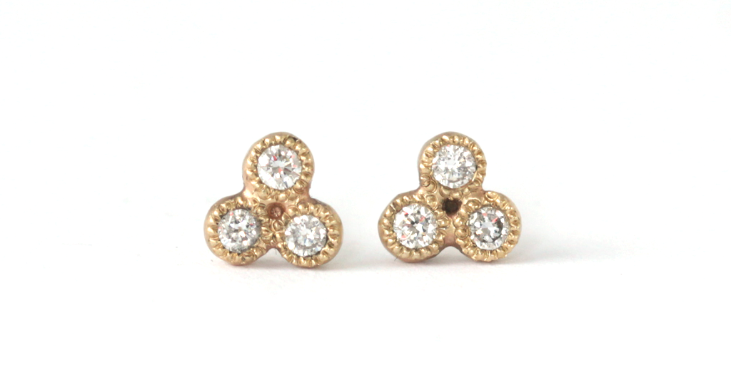 Melee 24A Earrings / White Diamonds