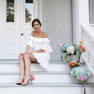 SEE JANE HOST – CASUAL WHITE DRESS IDEAS PERFECT FOR RUSTIC CHIC WEDDINGS