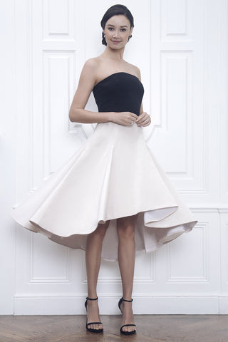 "<img src=""//cdn.shopify.com/s/files/1/0949/1300/files/Jane_Summers_Williams_Strapless_Black_and_White_Wedding_Dress_Reception_Rehearsal_Dress_Engagement_Photo_outfit_Cocktail_Party_dress_large.jpg?v=1502475729"" alt=""Jane Summers first dance wedding reception dress that twirls rehearsal dress after party bridal engagement dress"" />"