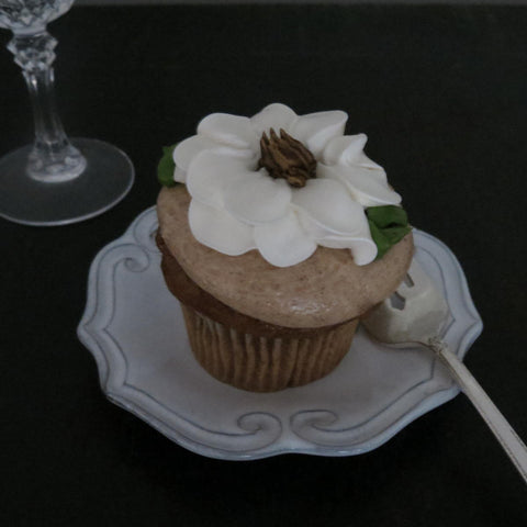 Beautiful Holiday Cupcake from Jane Summers's See Jane Sample Blog