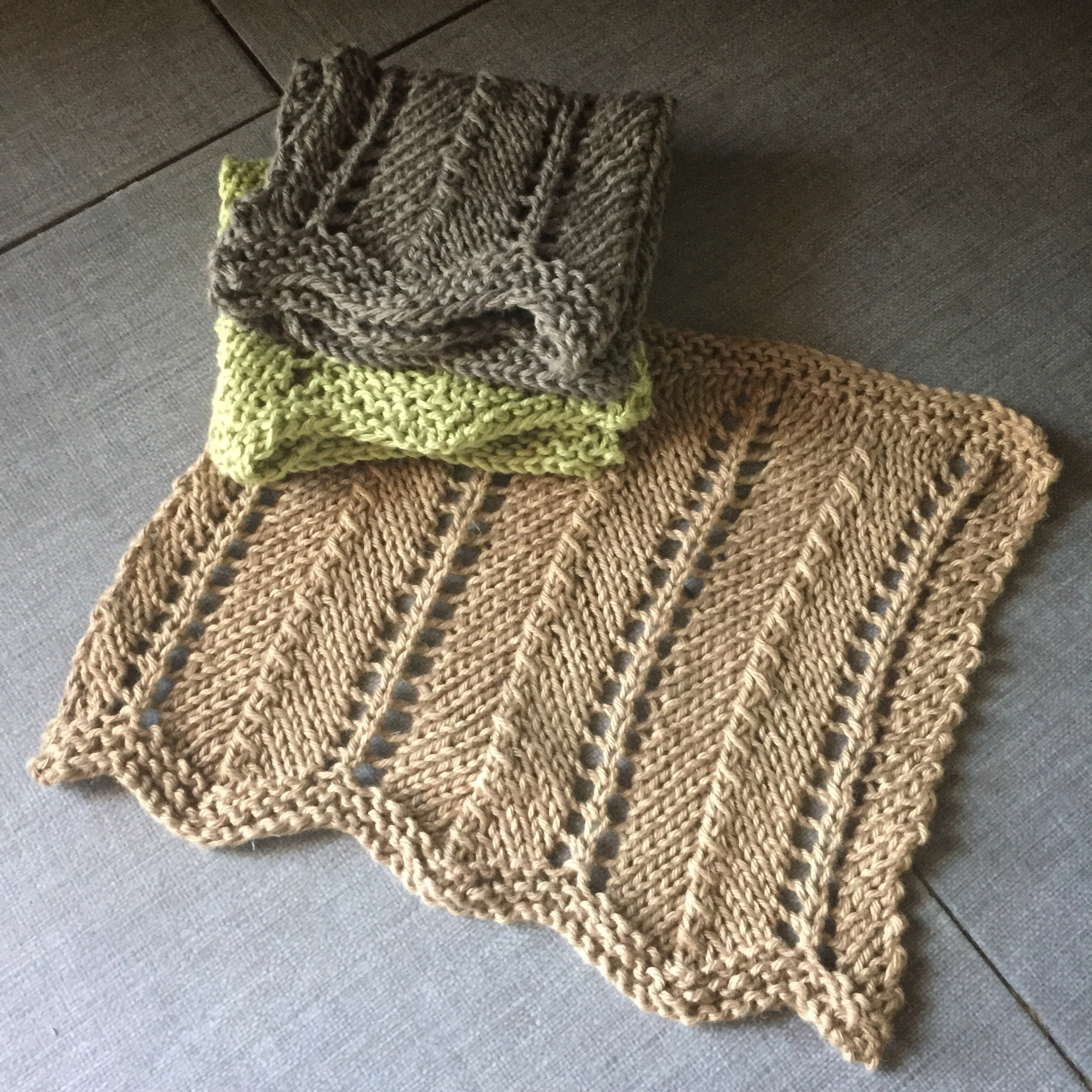 Hand Knit Chevron Dish Cloth Free Pattern Download – Rebecca Graves ...