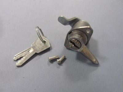 Lambretta toolbox lock, 2 keys & rivets series 3 C.A.M.A. 19955060