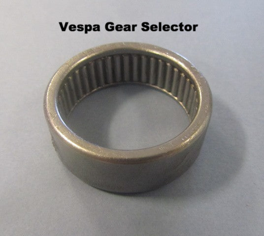 Vespa gear selector needle bearing - Scootopia