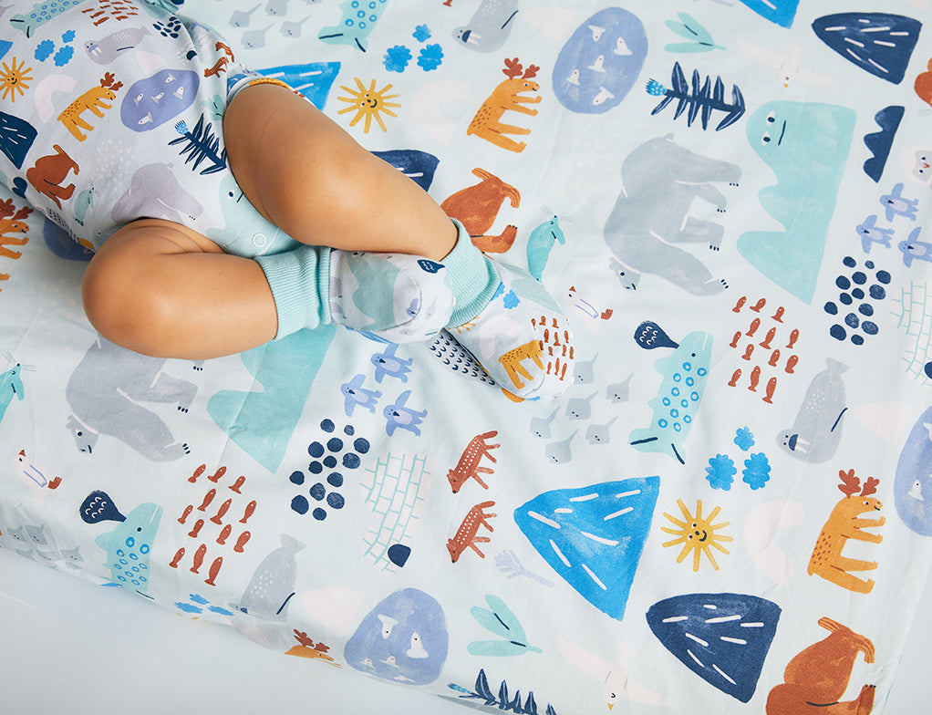 ARCTIC PARK - FITTED COT SHEET