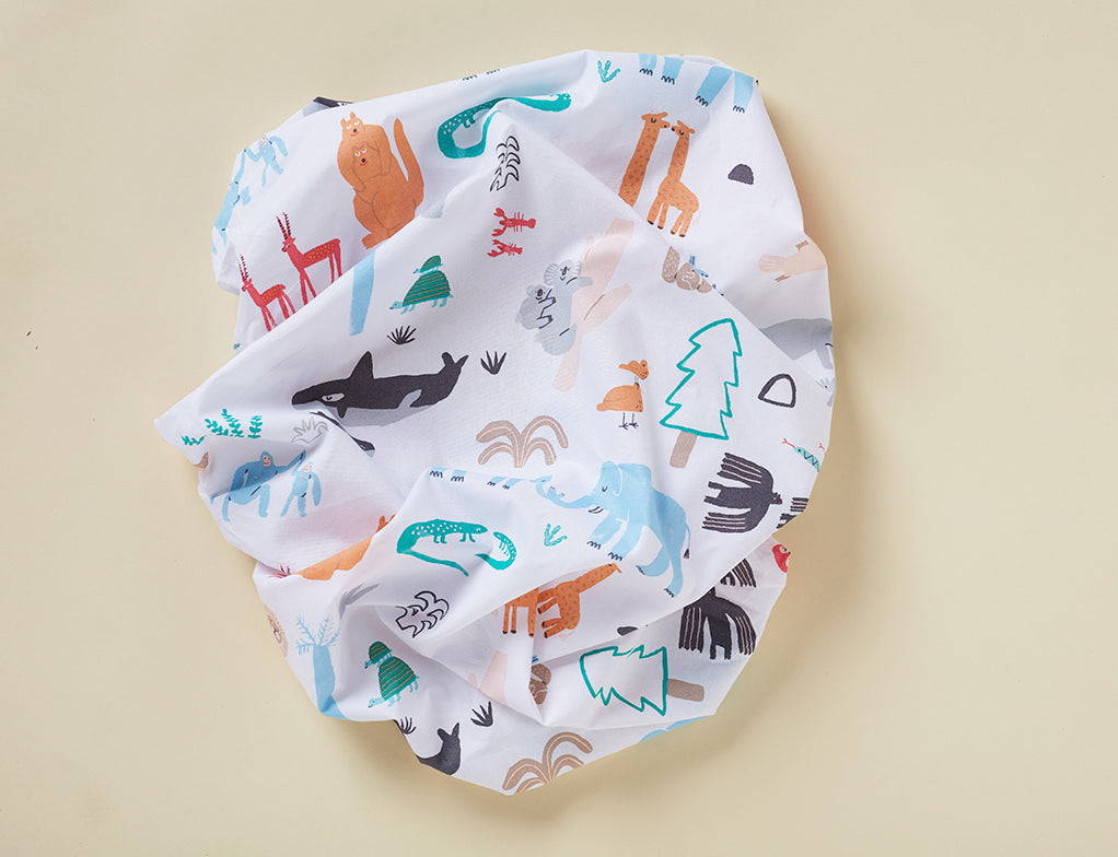 BABY LOVE - FITTED COT SHEET