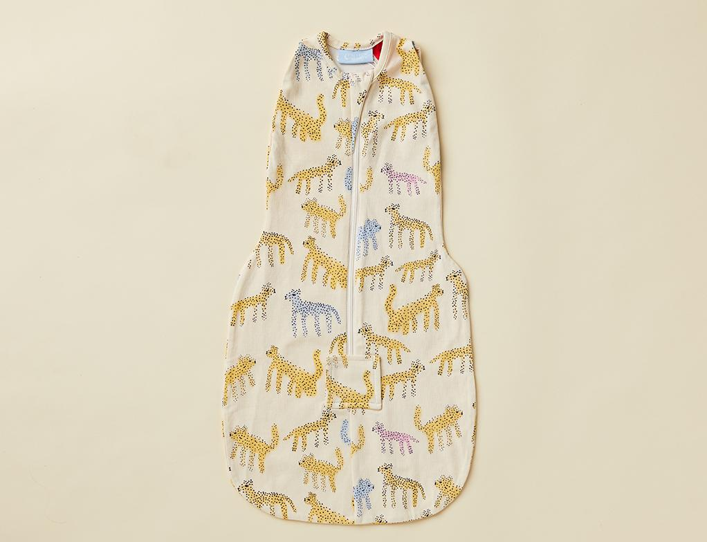KATT PRINT SLEEPING BAG SWADDLE ~ ORGANIC COTTON