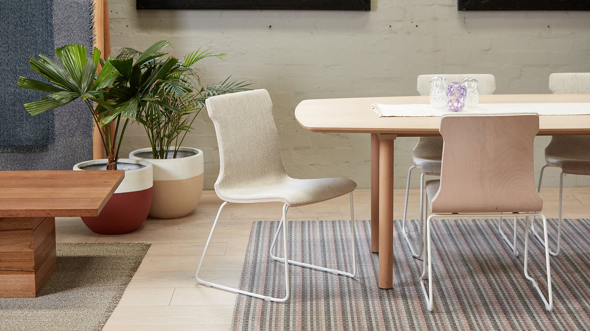 Konverse Upholstered Chair