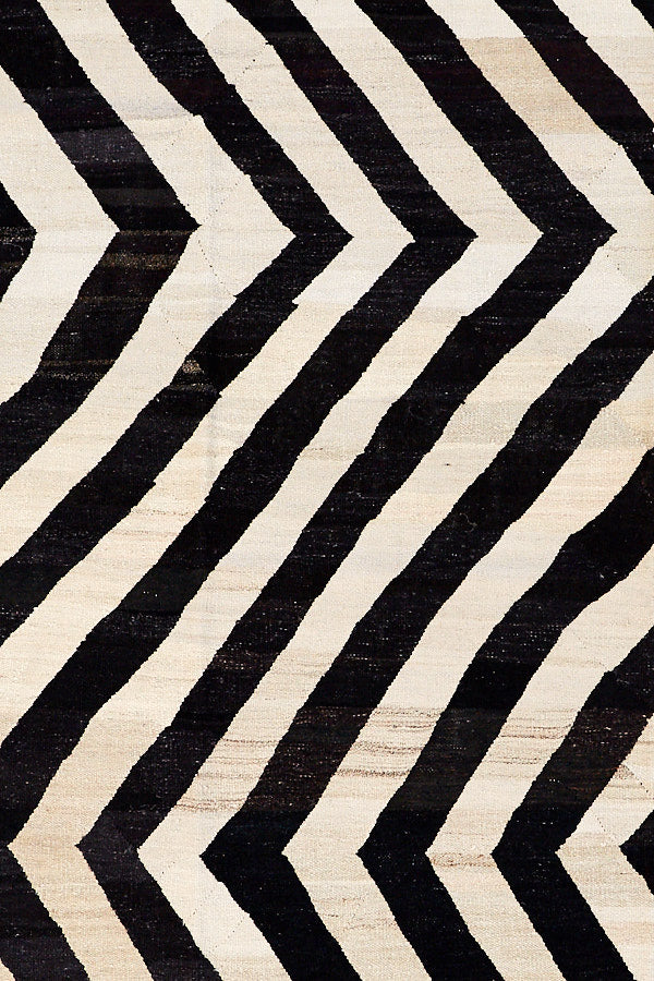 Floor Rug - Old Yarn Kilim Zig Zag - 3195