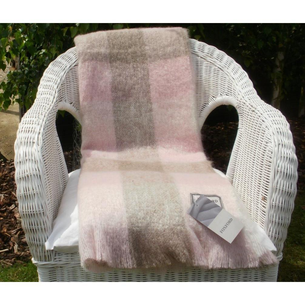 FOXFORD SUPERSOFT BLENDED MOHAIR SOFA THROW BLANKET   PINK U0026 LOAM CHECK  3377/C3