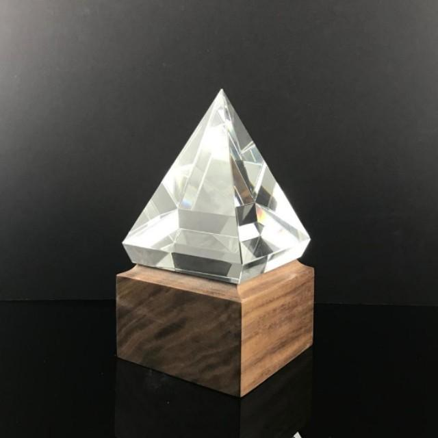 "6"" Pyramid Crystal with Solid Wood Base"