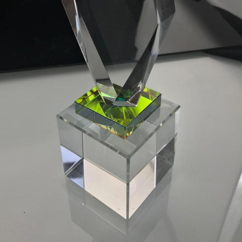 "7"" Zenith Crystal (Reflective Layer @mid section) Trophy"