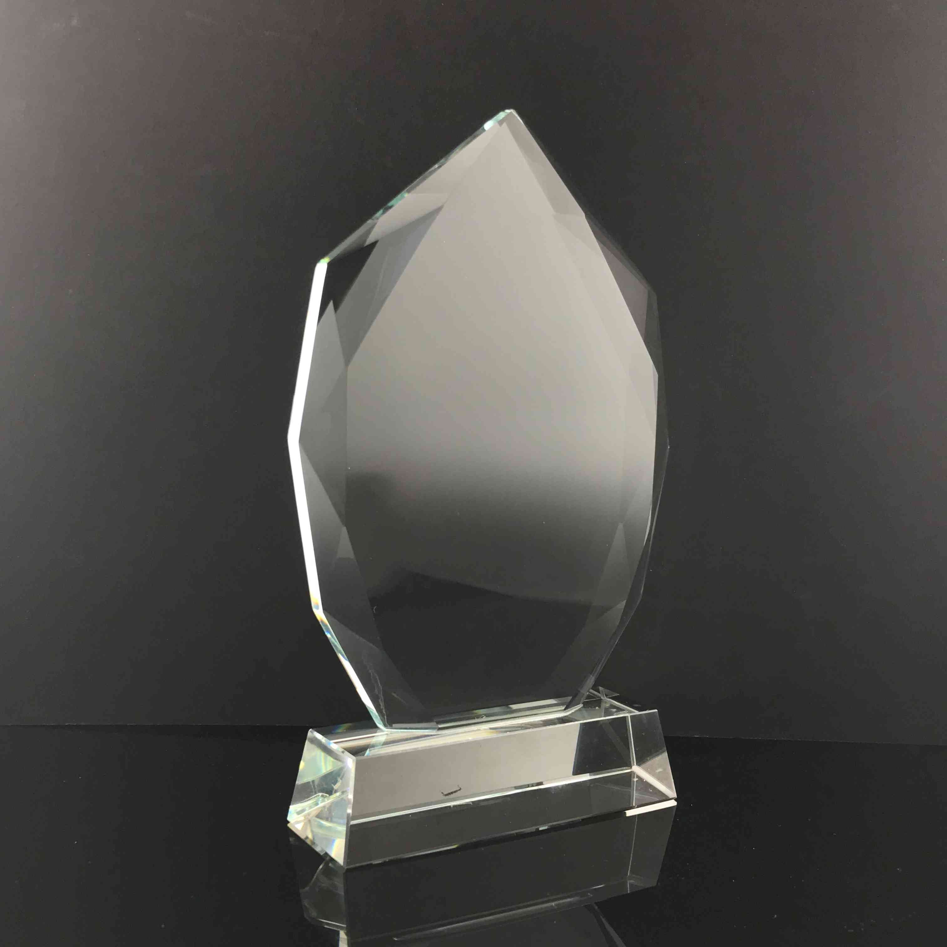 "9"" Tear Drop Crystal Trophy"