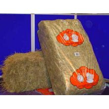 Animal Dreams Hay Bale Approx 16kg - Pet Products R Us