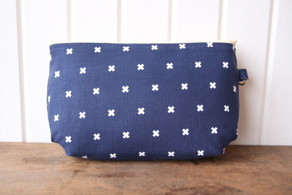 The Morning Glory Pouch - FREE PDF Sewing Pattern – Blue Calla Patterns