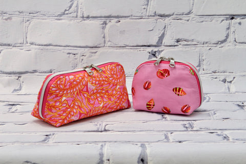 FREE The Crocus Oil Pouch in 2 sizes - PDF sewing pattern