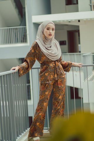 Batik Wrap set in Fayre