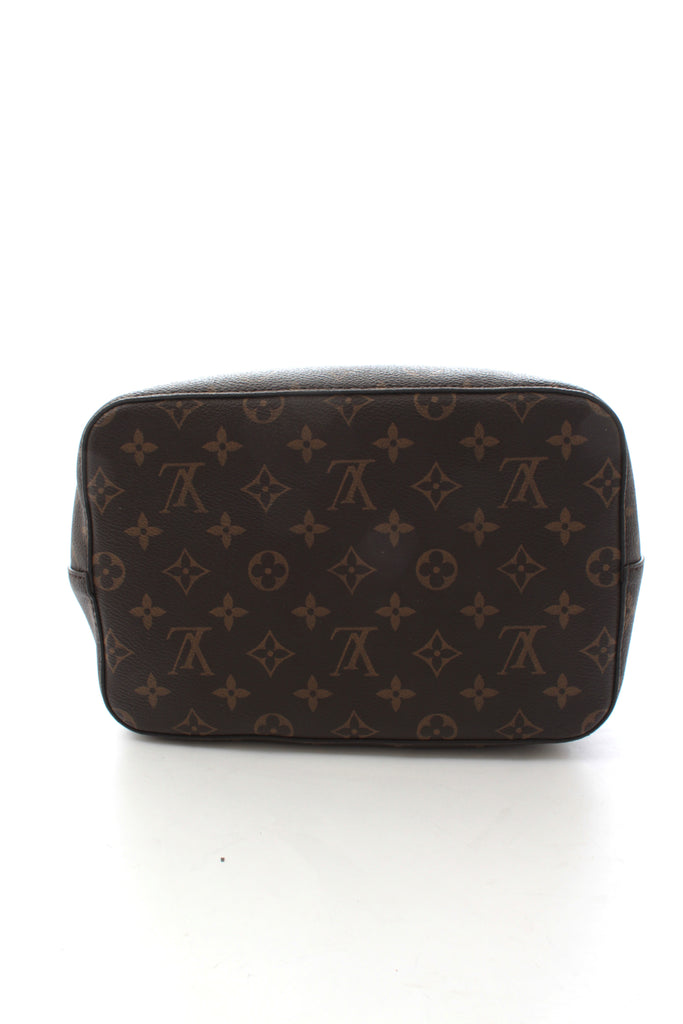 Louis Vuitton Neonoe Canvas Monogram Cross-body Bag