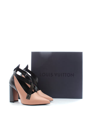 Louis Vuitton Gamble Diva Pumps