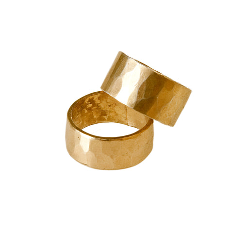 B.C Engraved L 18 K Gold Ring
