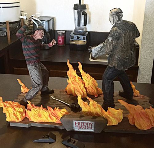 "Neca Freddie Vs Jason Statue "" Production Sample"