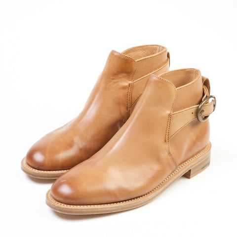 SANDPIPER Women's Tan Brown Ankle Boots