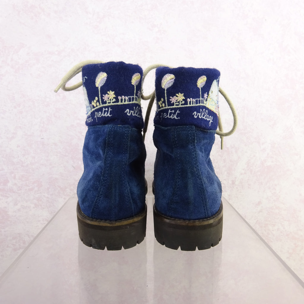 2000s Blue Suede Ankle Boots w/Floral Embroidery, NOS bgfd