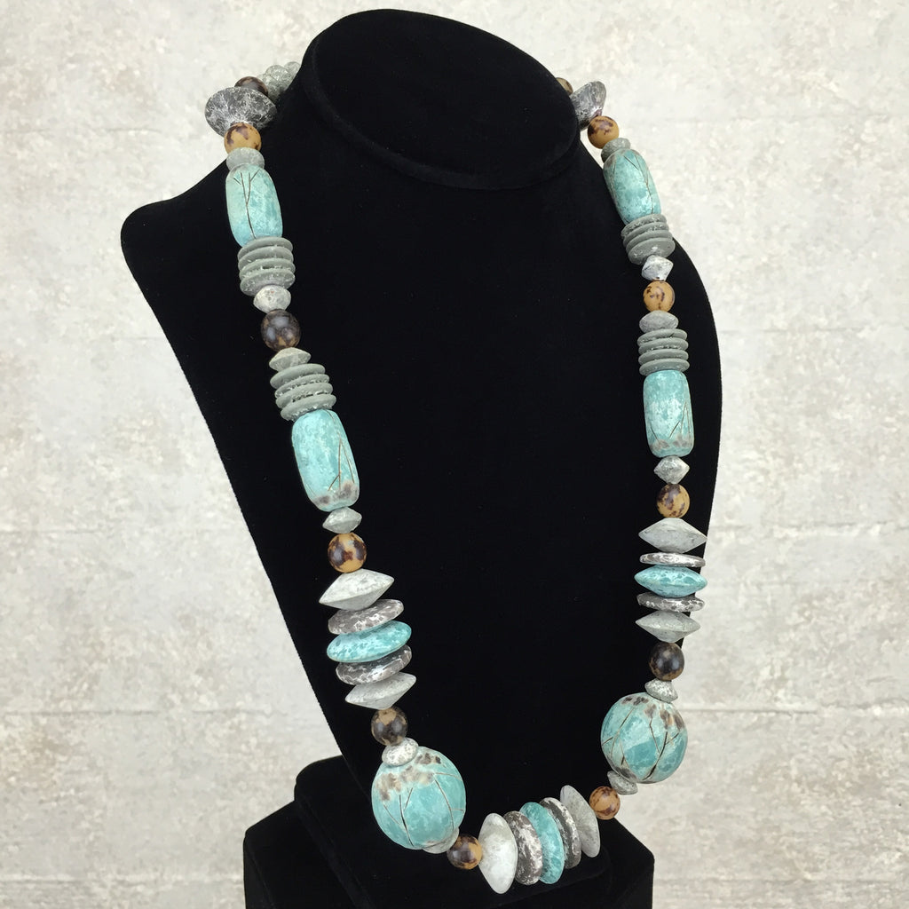 "Vintage 80s Faux ""Distressed"" Ethnic Necklace, side"