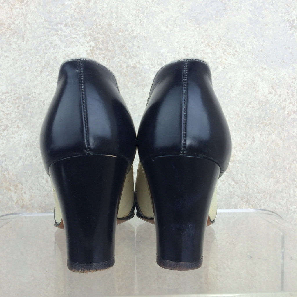 Vintage 40s Spectator Pumps, Back