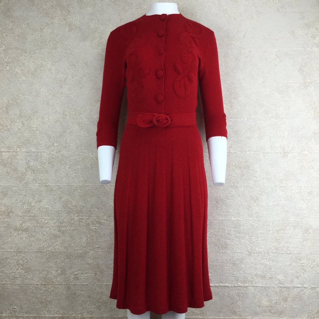 Vintage 40s Wool Bouclé Dress w/Floral Appliqué, Front