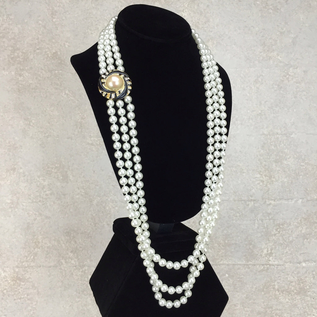 Vintage 90s Triple Strand Faux Pearl Necklace, side
