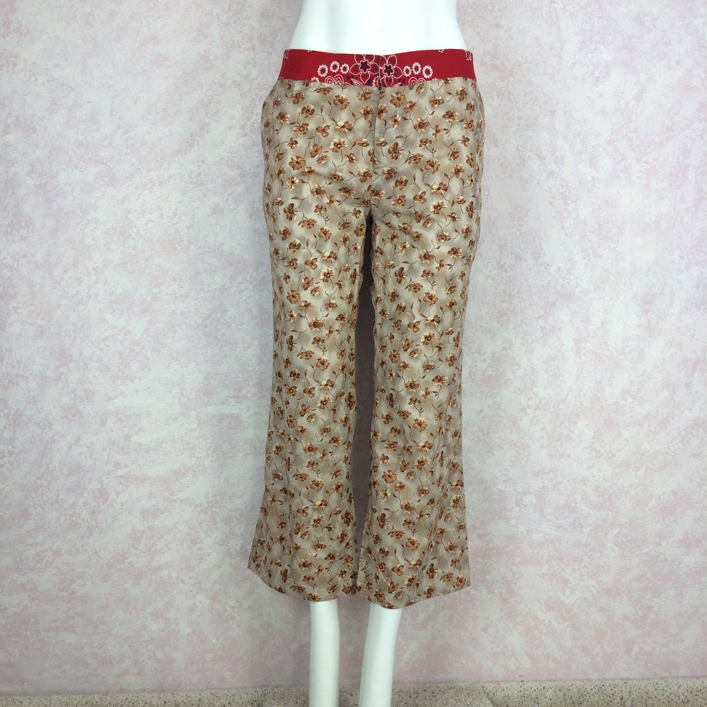 2000s ALICIA LAWHON Floral Printed Capris, Front