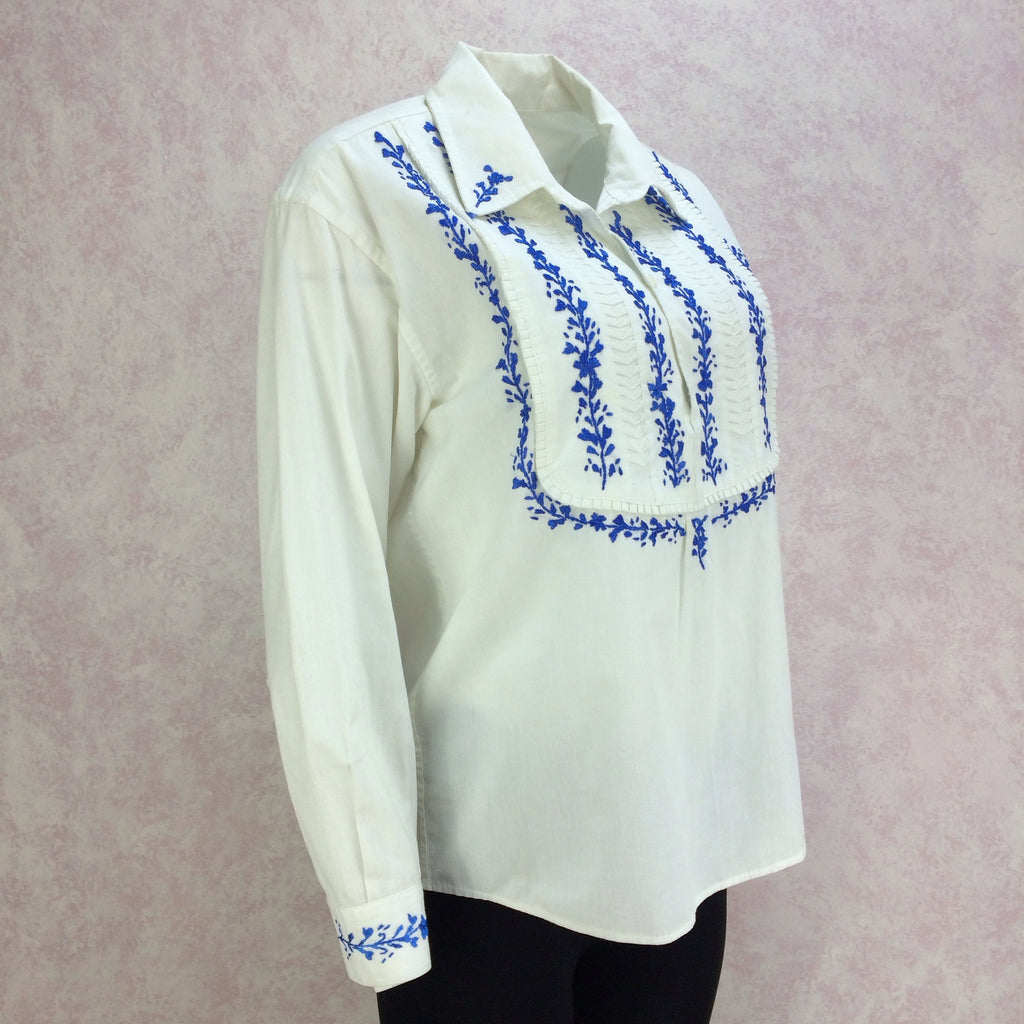 Vintage 70s Ethnic Bib-Front Embroidered Blouse, Side