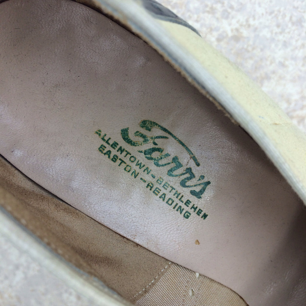 Vintage 40s Spectator Pumps, Label