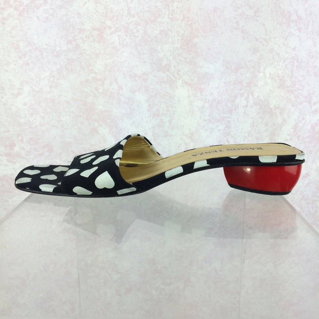 Vintage 90s Whimsical Heart Sandals w/Heart Heels, Solo