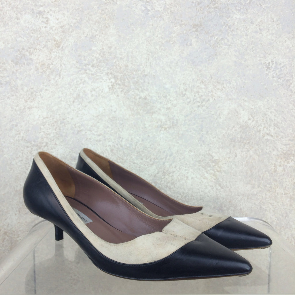 2000s TABITHA SIMMONS Two-Tone Pumps, Side