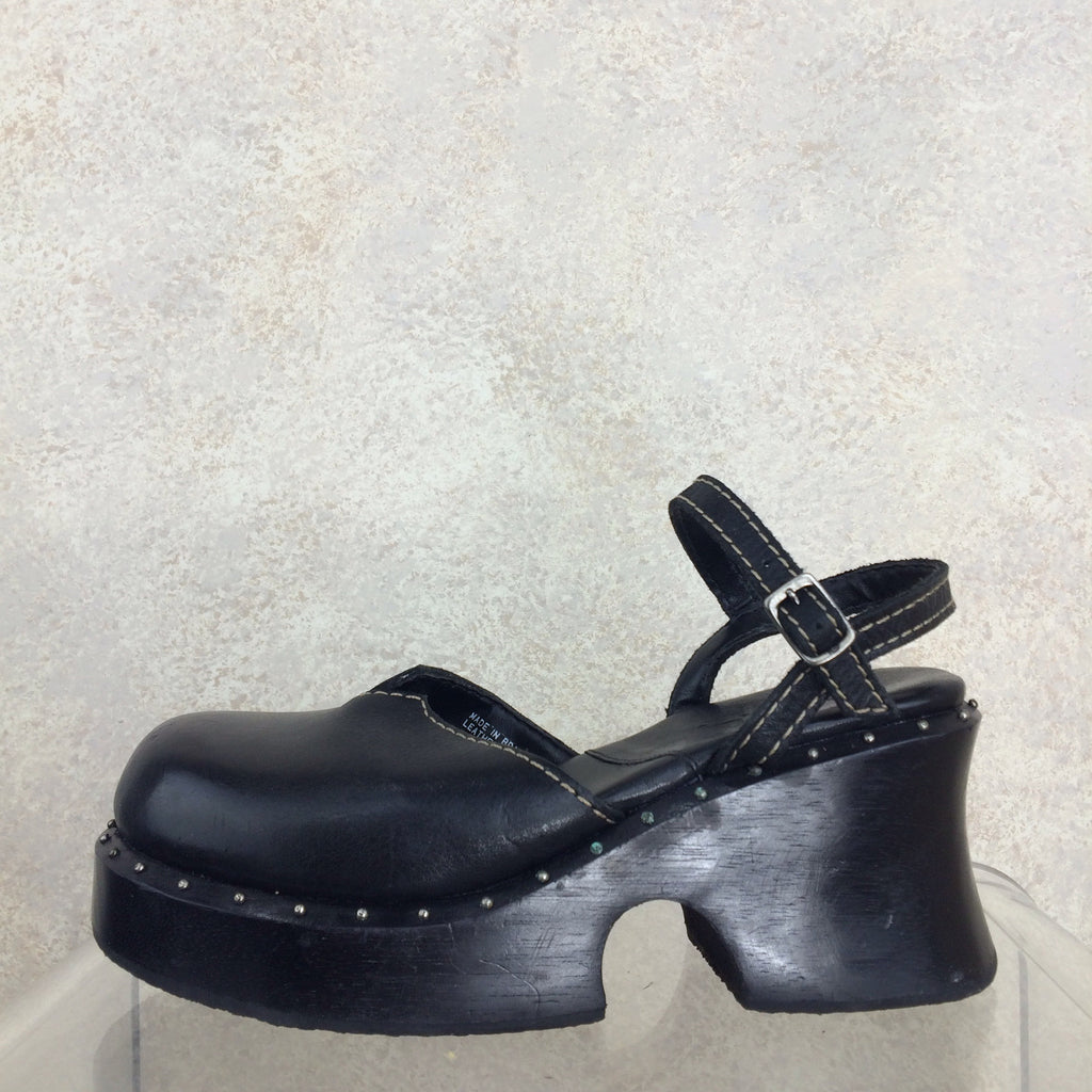 2000s MIA Wood & Leather Clogs, Side solo