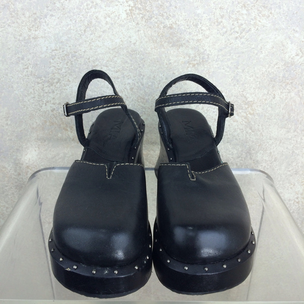 2000s MIA Wood & Leather Clogs, Front