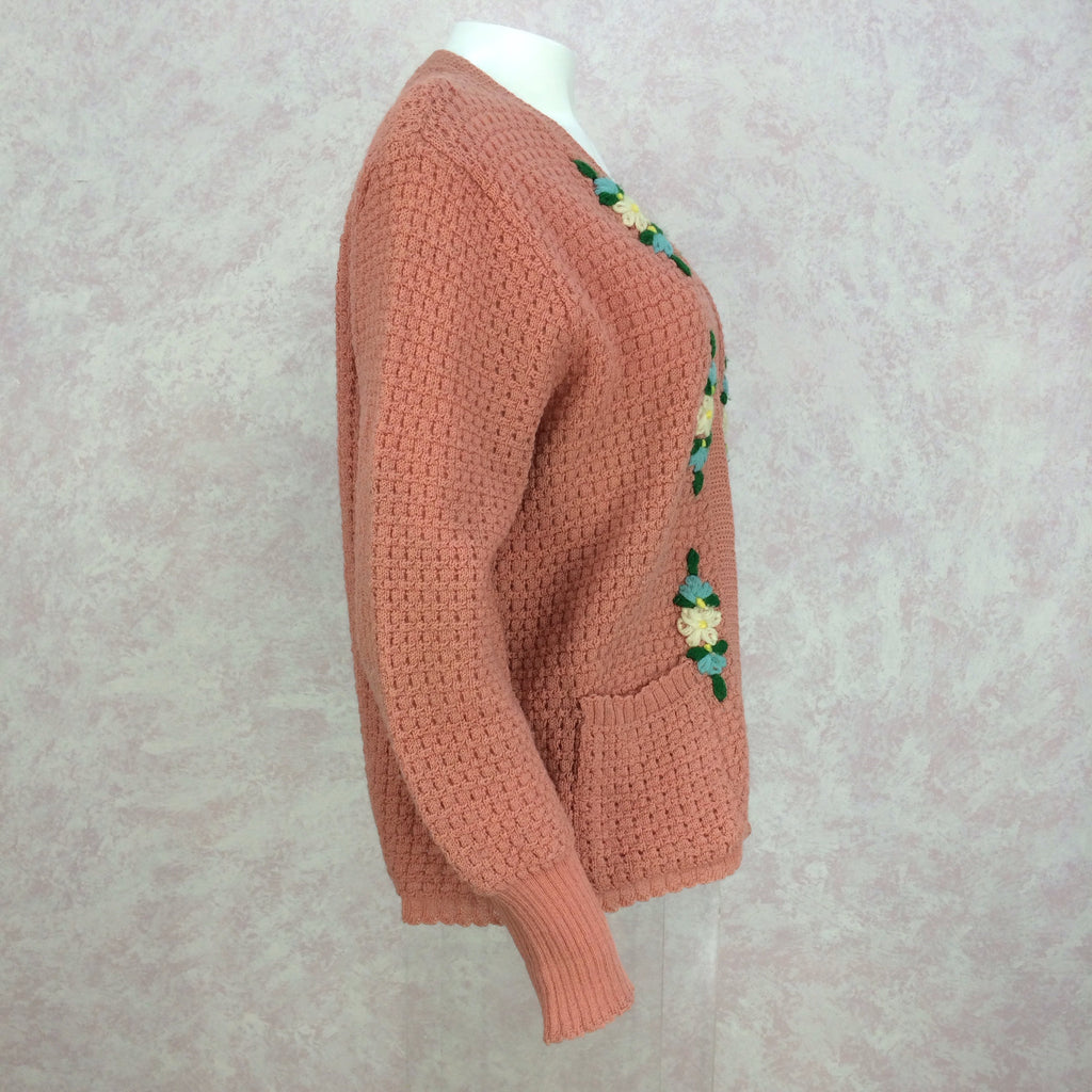 Vintage 40s Knit Sweater w/Floral Embroidery, Side 2